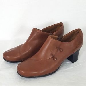 Clarks Womens Size 10 Bootie Brown Leather Ankle